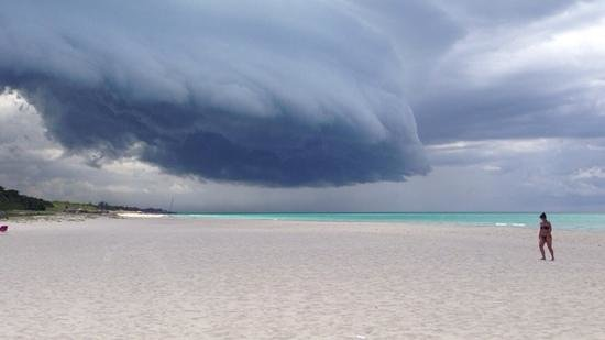 Royalton Hicacos Varadero Resort & Spa: En une demi-heure, le ciel se couvre
