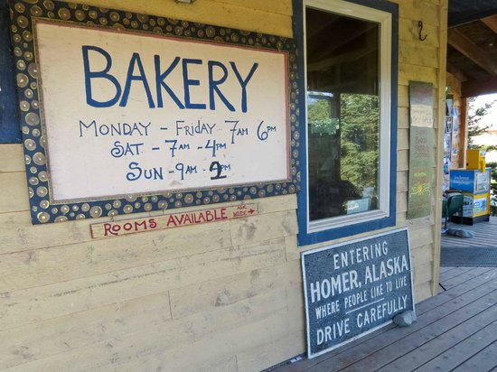 Two Sisters Bakery : Bakery sign and hours