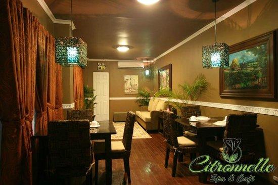 Citronnelle Spa & Cafe: waiting area