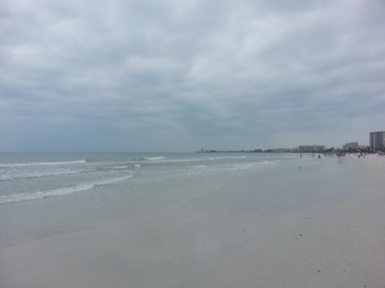 Tropical Beach Resorts: Crescent beach, a two minute walk from our room. absolutely beatiful!