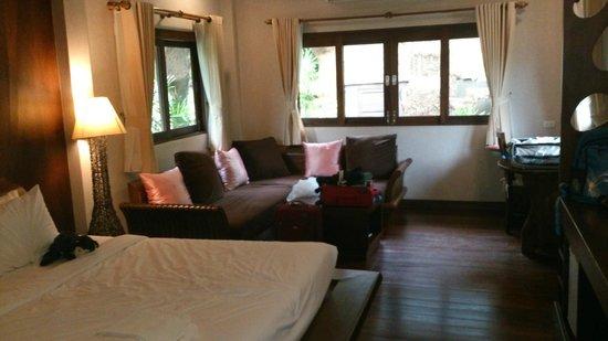 Bura Resort: Waterfron villa