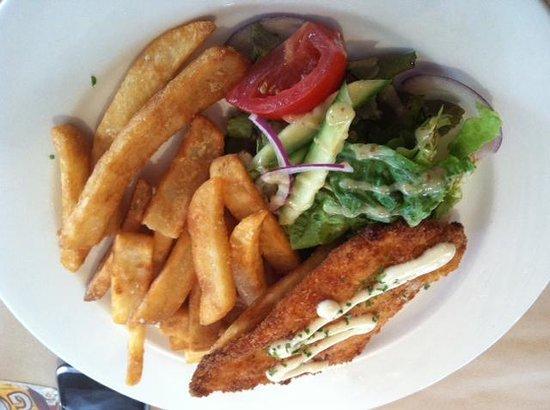 The Woombye Pub: chicken