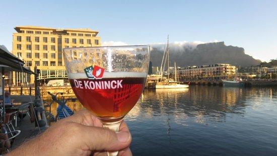 Den Anker: Saluting Table Mountain
