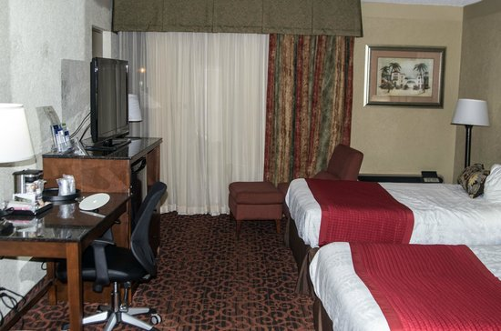 Best Western Plus Windsor Inn: Room