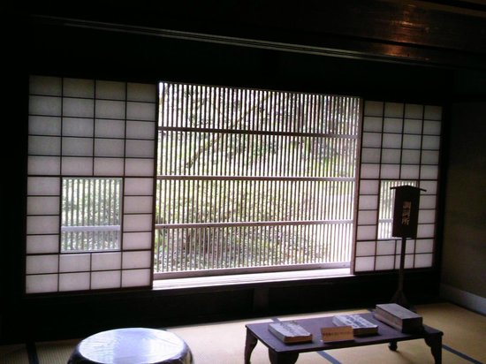 Hodatsushimizu-cho, Япония: 格子の形に工夫あり