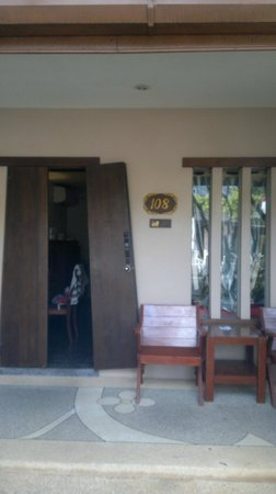 Phuket Kata Resort: Номер DB с видом на бассейн