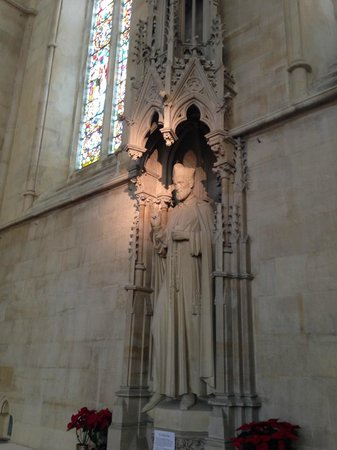 Arundel Cathedral: Luz natural