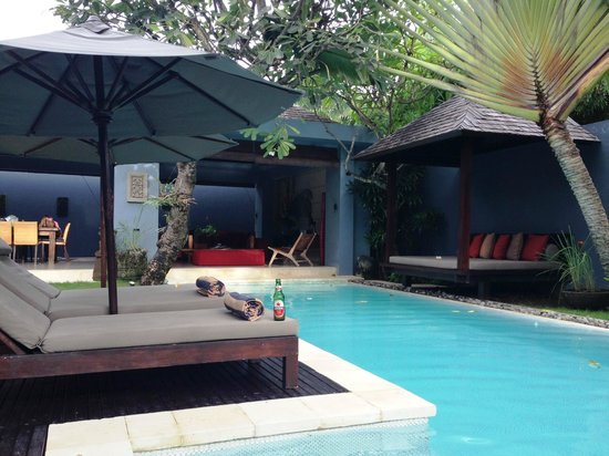 Kembali Villas: pool area