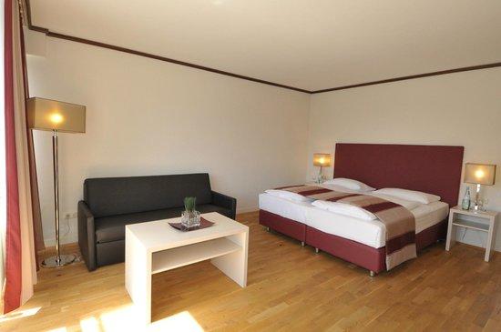 Ambassador Parkhotel: Renoviertes Doppelzimmer für erholsame Übernachtungen in München