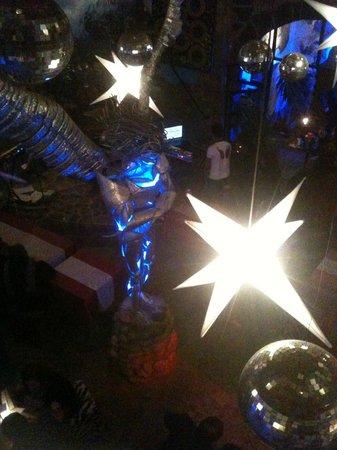 The Guest House at Fallen Angel: bar