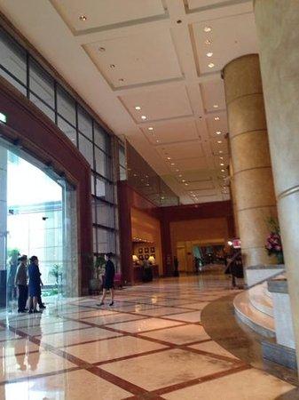 Crowne Plaza Hotel Jakarta: Hotel lobby