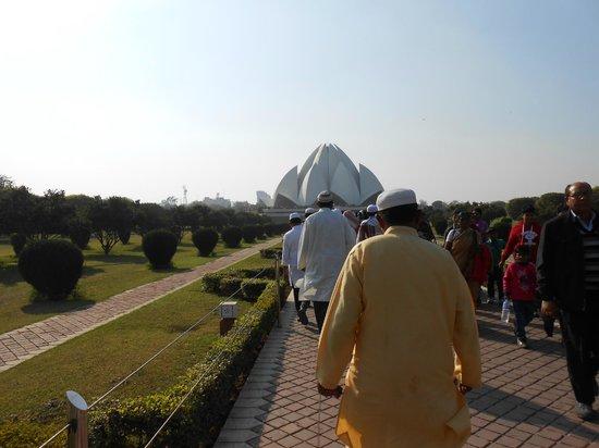 Bahai Lotus Temple: 2