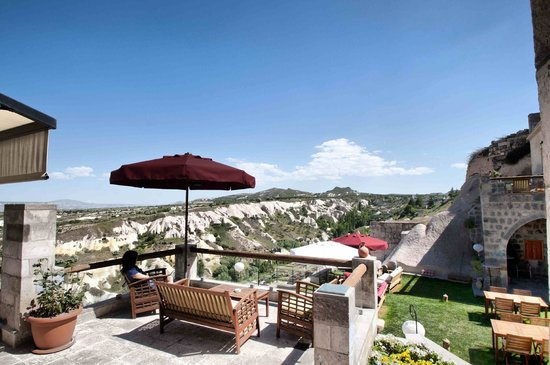 Taskonaklar : Your private terrace at Deluxe Suites