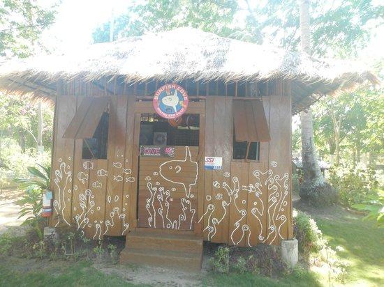 Bintan Spa Villa Beach Resort : Watersports activity hut