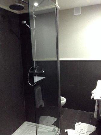 Hotel Pax: Baño