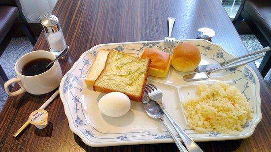 Tokyu Stay Nishishinjuku: 早餐