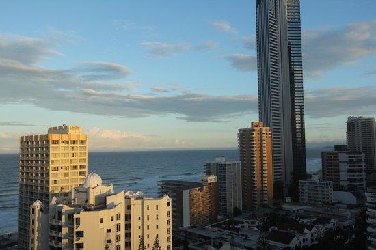 Mantra on View Hotel : вид из номера на океан