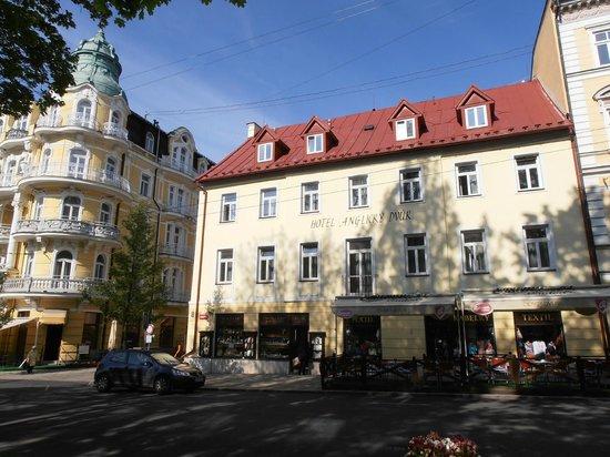 Orea Spa Hotel Bohemia: Das Anglicki Dvur