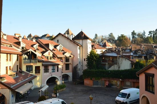 Ibis Annecy Centre Vieille Ville : вид из номера