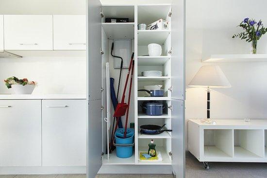 Apartamentos Marfina: Articulos de menaje y limpieza
