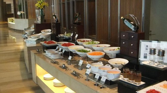 Hotel Nikko Saigon: Breakfast Buffet