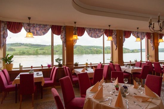 Fischwirtshaus Landmotel  Die Donaurast: Restaurant