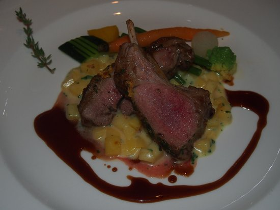 Waldhotel Fletschhorn : Lamb main course