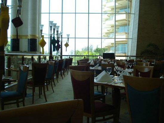The Empire Hotel & Country Club: Dining place