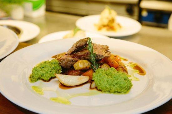 Green Dolphin Restaurant & Bar: Lamb main