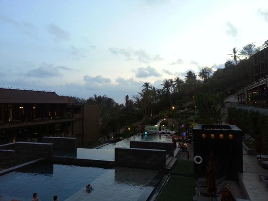 Sunsuri Phuket: hotel grounds