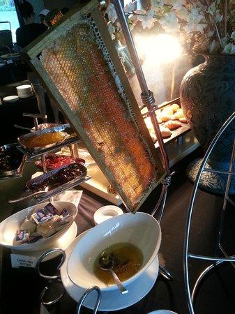 Sunsuri Phuket: Honey