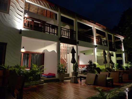 Sairee Cottage Resort: New Building