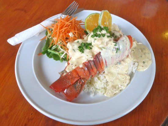 Nuku'alofa, Tonga: Garlic Reef Lobster at Friends.