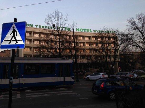Hotel Wyspianski : Outside of hotel from across the road