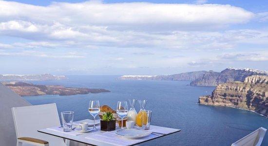 Alti Santorini Suites
