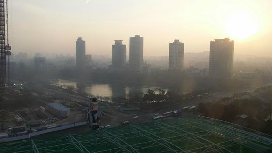 Lotte Hotel World : Sunrise