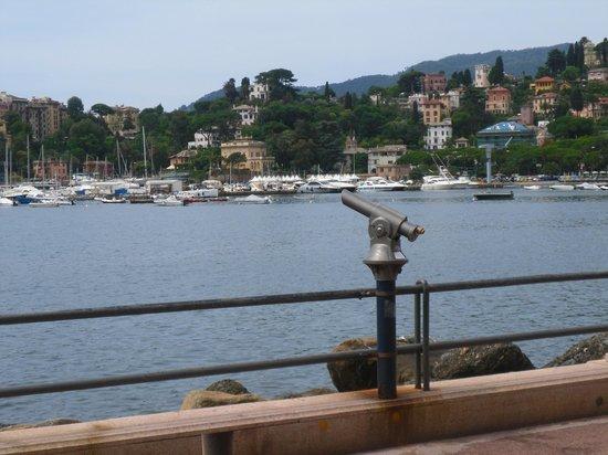Lungomare Vittorio Veneto : ..per mirare l'orizzonte..