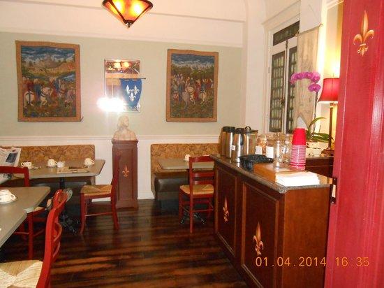 Cornell Hotel de France : salle