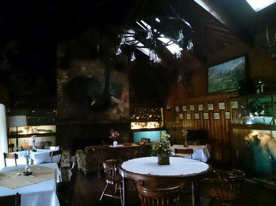 Safari Lodge: The lobby lounge