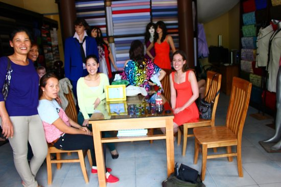 Rin My Fashion Tailors : lovely staff