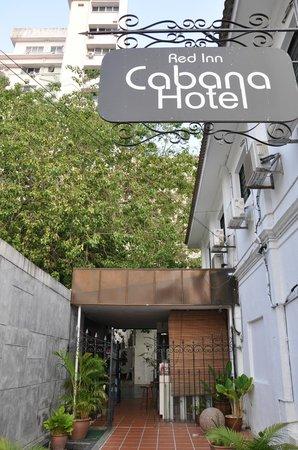 Red Inn Cabana: entrance