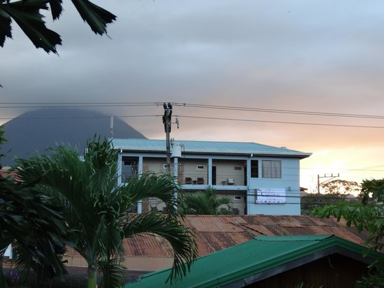 Arenal Hostel Resort: view from balcony