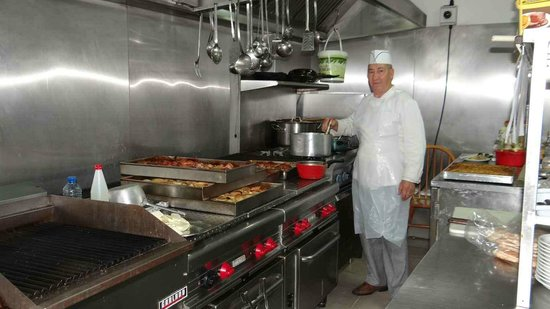 Centrum Hotel: The humble chef of the restaurant