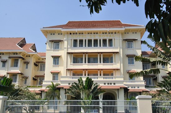 Raffles Hotel Le Royal: The hotel