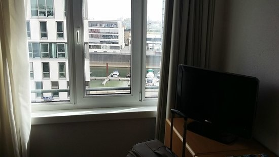 Novotel Köln City: VIEW FROM THE ROOM