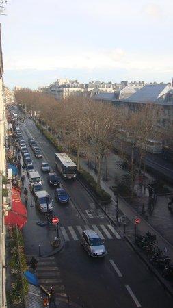 Ibis Paris Sacré Coeur 18eme: vue de la chambre