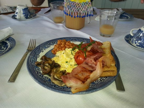 Inglebrae B&B : John's breakfast specialty!