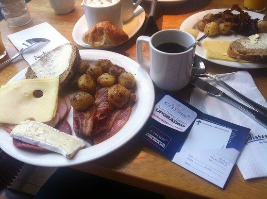 Radisson Blu Hotel, Espoo: Breakfast