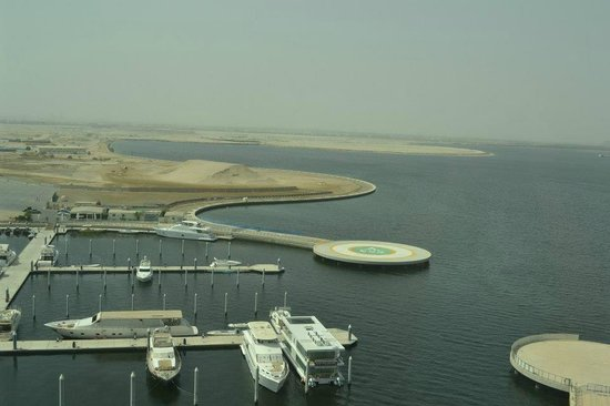 InterContinental Residence Suites Dubai Festival City : View of marina from the room