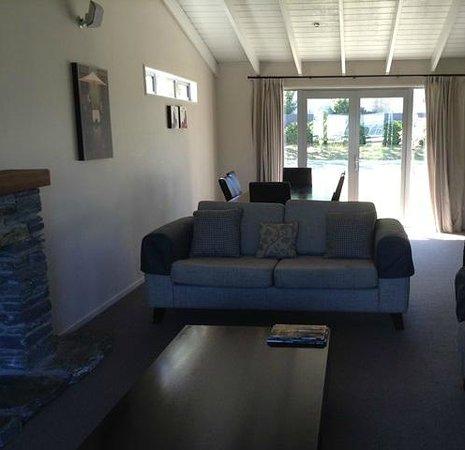 Arrowfield Apartments: Lounge